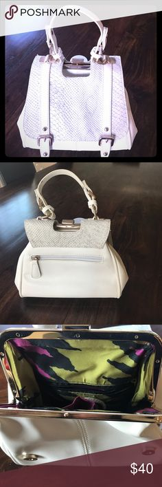 Going out handbag White colored, with grey faded snakeskin print on the front. Used only once, great for a night out on the town! Sassy yet sophisticated! Bags Mini Bags