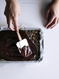 Almond, Pistachio & Quinoa Dark Chocolate Bars