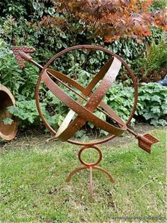 """Acquire great tips on """"metal tree art diy"""". They are readily available for you on our site. Metal Yard Art, Metal Tree Wall Art, Metal Art, Ladybug Garden, Rusty Garden, Shed Decor, Sculpture Metal, Tree Wall Decor, Rusty Metal"""