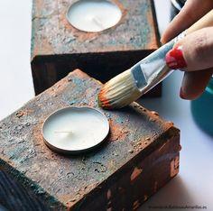 Cómo lograr un efecto oxidado en madera con pátinas de colores. Aprende a hacer un efecto oxidado en madera de una forma rápida y sencilla. Antique Armoire, Paint Effects, Country Art, Design Studio, Chalk Paint, Diy And Crafts, Candle Holders, Painting, Crafty