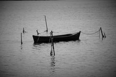 Black and white | Boat | French landscape