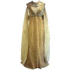 Fringe Fashion — Remake of an authentic Egyptian dress Ancient Egypt Fashion, Egyptian Fashion, Ancient Egyptian Clothing, Egyptian Dresses, Egyptian Jewelry, Historical Costume, Historical Clothing, Estilo Tribal, Egyptian Costume