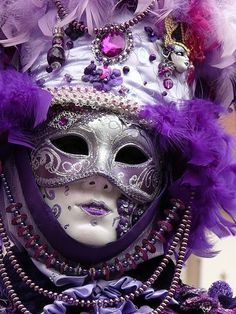 Purple carnevale mask