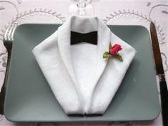Pliage de serviette en smoking, insolite et original #B4wedding #wedding #mariage #serviette #insolite