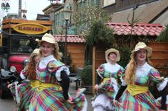 Mainstreet Country Dance, Western Style in themepark.