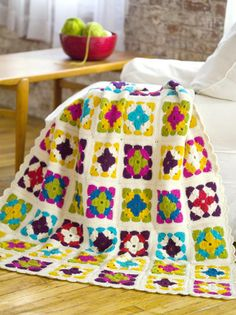 Great saturated colors in this afghan! Weekend in Stockholm Throw (crochet afghan pattern) Grannies Crochet, Crochet Motifs, Love Crochet, Learn To Crochet, Crochet Baby, Knit Crochet, Granny Square Häkelanleitung, Granny Square Crochet Pattern, Crochet Squares