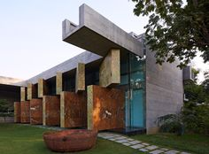 Gallery of Moving Landscapes / Matharoo Associates - 1