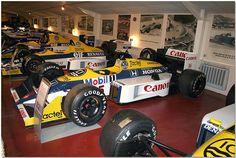 Williams Honda FW11B inside the Williams F1 Amoury