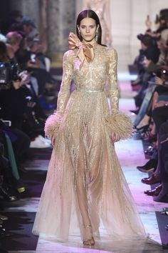 The complete Elie Saab Spring 2018 Couture fashion show now on Vogue Runway.