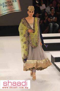 Vikram Phadnis at Blenders Pride 2012 Pakistani Couture, Indian Couture, Pakistani Dresses, Churidar, Anarkali, Salwar Kameez, Indian Attire, Indian Ethnic Wear, Indian Wedding Outfits