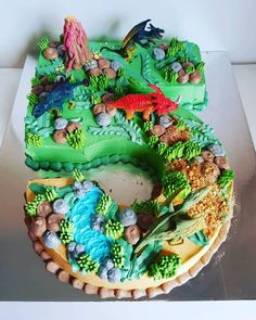 Dinosaur Number Cake Get inspiration for your Dinosaur Birthday Cake, Gallery of the best Dinosaur c The Good Dinosaur Cake, Dino Cake, Dinosaur Cakes For Boys, T Rex Cake, Dinosaur Dinosaur, 5th Birthday Cake, Dinosaur Birthday Cakes, Birthday Parties, Dinosaur Cupcake Cake