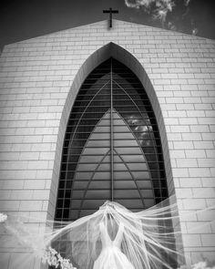 #itstimetogetmarried @camilacorreal http://www.butimag.com/weddingdress/post/1476217856688875209_3290694/?code=BR8lFG_B2bJ