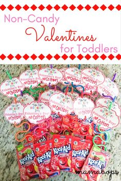 It's Valentine's Day! Celebrate with these easy DIY non-candy Valentine's for toddlers featuring Krazy Straws and Kool-Aid! Kinder Valentines, Valentine Gifts For Kids, Valentine Day Boxes, Valentines Day Party, Valentine Day Crafts, Straw Valentine, Valentinstag Party, Daycare Gifts, Preschool Gifts