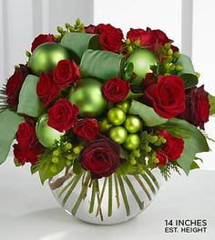 Stunning Christmas Flowers...any girl would love these!