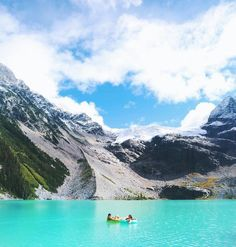 9 Incredible Hikes for Every Level of Fitness Around Whistler and Squamish Places Around The World, Oh The Places You'll Go, Places To Visit, Around The Worlds, Whistler, Vancouver Things To Do, Alaska, Joffre Lake, Canada Summer