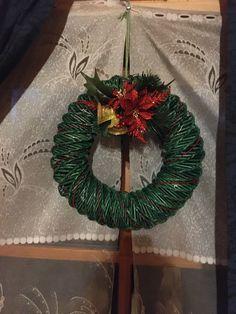 Paper Basket Diy, Christmas Wreaths, Holiday Decor, Home Decor, Decoration Home, Room Decor, Home Interior Design, Home Decoration, Interior Design