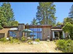 VRBO.com #482469 - Sunny Mountain-Top View Estate! 5 Acres ~ Hot Tub in Redwood Grove 3bd