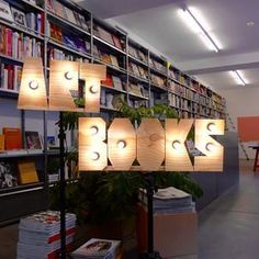 Home – Kunstgriff Books Zürich. Small words on tripod by Robert