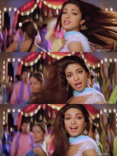 Priyanka Chopra in Baarsat Girl Photo Poses, Girl Photos, Priyanka Chopra, Bollywood, Babe, Celebrity, India, Inspiration, Girl Pics