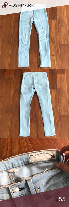 Rag & Bone Ankle Skinny Size 25 The cutest spring denim! Perfect ankle peg fit, very slimming and cut just above the ankle. Spotless and barely worn. Brighton wash. rag & bone Pants Skinny