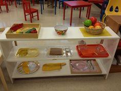 Montessori Education, Montessori Toddler, Montessori Practical Life, School Programs, Teaching, Activities, Busy Board, Shelves, Food Prep