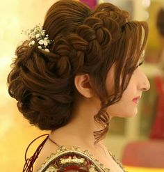 Easy Wedding Hairstyle Ideas for Women Bridal Hair Easy hairstyle Ideas wedding women Pakistani Bridal Hairstyles, Bridal Hairstyle Indian Wedding, Bridal Hair Buns, Bridal Hairdo, Hairdo Wedding, Simple Wedding Hairstyles, Party Hairstyles, Wedding Hair And Makeup, Indian Hairstyles
