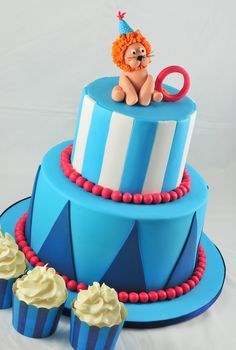a little slice of heaven: Peekaboo Magazine shoot: A Circus Lion Cake