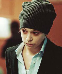 Helena as Sarah as Beth - Tatiana Maslany - Orphan Black