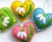 Meeting The Spring Handing Felt Ornament, Felt Flowers Ornaments, home decor, felt heart, gift for mother