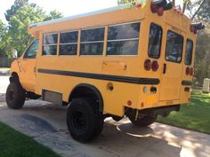 """4x4 short school bus - diesel - one ton axles - lifted on 35"""" tires - dual A/C - Pirate4x4.Com : 4x4 and Off-Road Forum"""