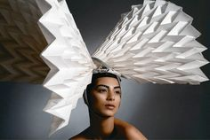 Diana Gamboa: Origami couture from Colombia Paper Fashion, Origami Fashion, Origami Hat, Paper Shoes, Geometric 3d, Head Jewelry, Body Adornment, Weird Fashion, Purple Fashion
