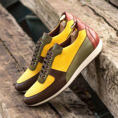 Hot Shoes, Men's Shoes, Shoes Men, Dress Shoes, Casual Shoes, Men Casual, Fashion Shoes, Mens Fashion, Shoe Tree