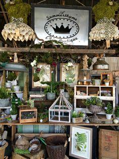 Northern nesting: country living fair shop displays in 2019 Flea Market Displays, Flea Market Booth, Flea Market Style, Store Displays, Flea Markets, Retail Displays, Merchandising Displays, Window Displays, Vintage Store