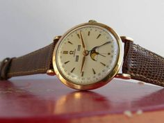 Amazing Vintage Omega Cosmic Triple-Date Moonphase #Omega #Menswear #Watches #Vintage #Moonphase #Watchporn #Triple-Date #Calendar #Classic - omegaforums.net