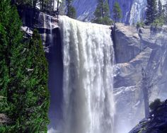 Vernal falls - Yosemite..  one of my fav. walking trails in Yosemite....  I really miss those camping trips w fam n friends.