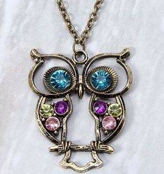 Quirky-Funky-OWL-Pendant-Crystal-Chain-Charm-Women-Necklace-Halloween-Jewellery
