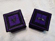 Gothic Purple And Black Bat Trinket Box, Spider Trinket Box Halloween Village, Halloween Haunted Houses, Halloween House, Halloween Gifts, Halloween Decorations, Black Spider, Black Bat, Purple And Black, Special Birthday Gifts