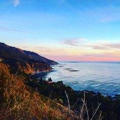 Not a bad view in all of #BigSur 🌊 #California #pacificocean #views #theviewsmuse #viewsmuse #beauty #sunsets #westcoast #californiacoast #101 #love #vista #montereylocals - posted by Views Muse https://www.instagram.com/theviewsmuse. See more of Big Sur at http://bigsurlocals.com