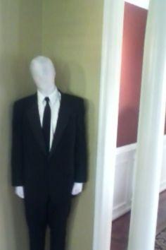 Slender man costume: Madeline