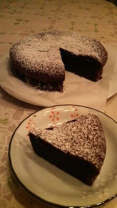 No Meringue Necessary♪ Easy☆ Rich Gateau au Chocolat (Chocolate Cake) in 2020 Easy Sweets, Sweets Recipes, Cake Recipes, Desserts, Tasty Chocolate Cake, Chocolate Recipes, Chocolate Lovers, Gingerbread Cake, Lava Cakes