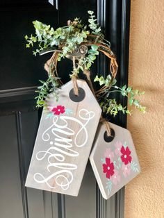 Great seasonal ideas, Crafting ideas for Chalk Couture transfers & chalk paste. DIY projects, crafts supplies for the creative crafter. Spring Projects, Spring Crafts, Holiday Crafts, Holiday Decor, Awesome Woodworking Ideas, Unique Woodworking, Teds Woodworking, Woodworking Projects, Crafts To Sell
