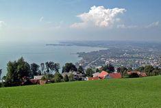 So könnte man vom Pfänder bei gutem Wetter auf den Bodensee und Lindau schauen.  CC BY-SA 3.0, https://commons.wikimedia.org/w/index.php?curid=349393