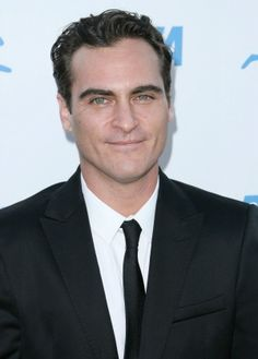 Did the Oscars retaliate against Joaquin Phoenix? Poor Joaquin I would retaliate against him!