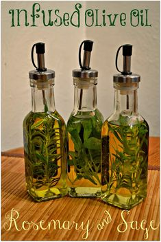 DIY Herb Infused Olive Oils Rosemary and Sage Infused Olive Oils - DIY infused oils Flavored Olive Oil, Flavored Oils, Infused Oils, Diy Wedding Food, Wedding Gifts, Wedding Favors, Natural Living, Diy Food, Herbalism