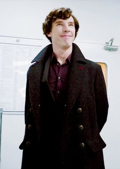 somehow there are over 600 people following this board, i don't even know how. thanks? (smug!sherlock approves!)