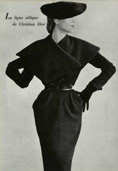 A 1950 Christian Dior outfit. Christian Dior was a French fashion designer, best known as the founder of one of the world's top fashion houses, also called Christian Dior. Vintage Fashion 1950s, Vintage Dior, Moda Vintage, Vintage Mode, Vintage Couture, Style Vintage, Vintage Glamour, Vintage Beauty, Vintage Hats