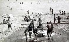 Şimdiki yerinde marina, otel ve AVM bulunan Ataköy Plajı'nı bir zamanlar halk yazın eğlenceli vakit geçirmek için kullanıyordu