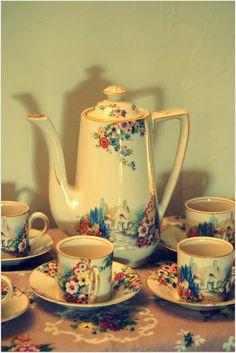 Hampton Ivory Old English Gardens, coffee set. coffe set, tea time, english garden, tea sets, egg cup, cup tea, pretti dish