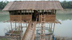 Escuelas flotantes cambian la vida de miles de niños.