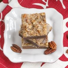 German Chocolate Brownies - Fudgy brownies topped with a caramelly, coconut, pecan topping Cheesecake Trifle, Pumpkin Cheesecake, Strawberry Cheesecake, German Chocolate Brownies, Fudgy Brownies, Pound Cake Recipes, Cookie Recipes, Apricot Bars, Best Lemon Bars